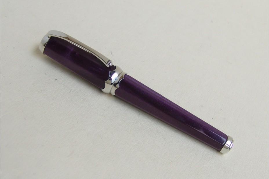 Montegrappa Piccola Viola Fountain Pen