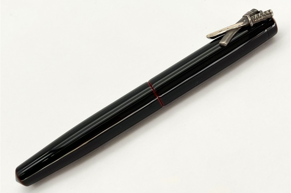 Nakaya Piccolo Long Writer Kuro-Tamenuri Fountain Pen with Silver Small Sword Stopper