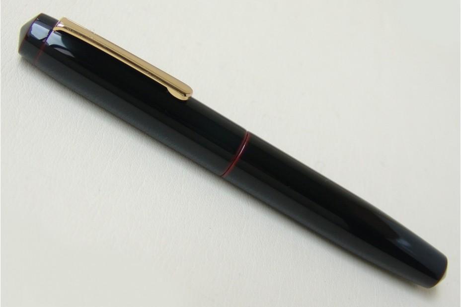 Nakaya Piccolo Writer Kuro Tamenuri Fountain Pen