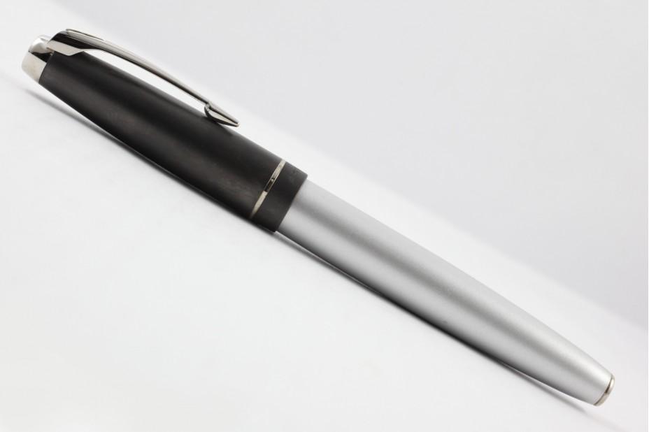 Parker 100 Silver Grey ST Roller Ball Pen