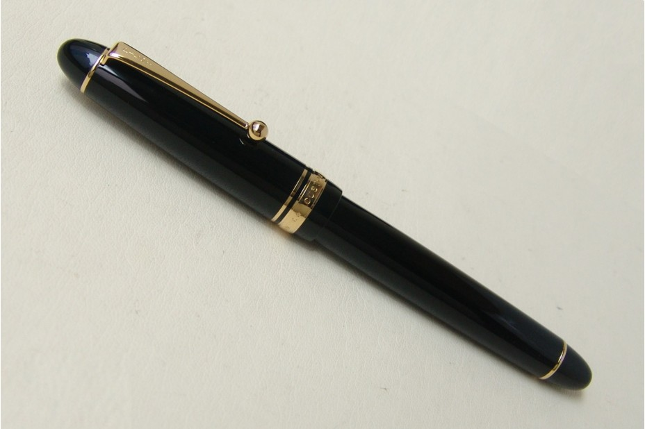 Pilot Custom 742 Course Nib Fountain Pen