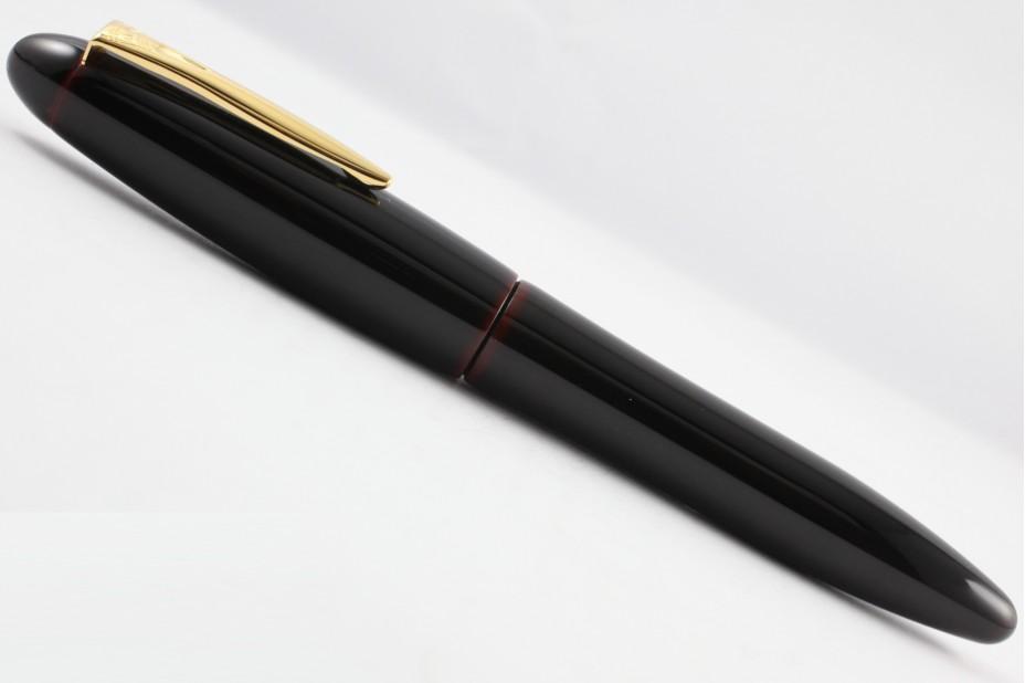 Platinum Izumo Tamenuri Akatame Fountain Pen