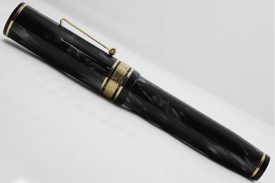 Wahl-Eversharp Decoband Gold Seal Oversized London Smoke Super Flex Fountain Pen